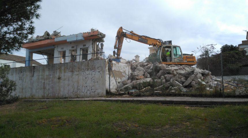 Demolición de vivienda unifamiliar